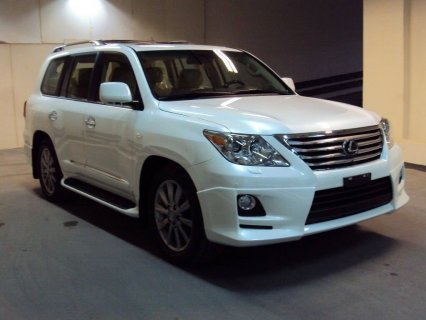 2011 LEXUS LX570 - ,000 USD