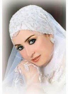 جميلة و أنيقة دات أخلاق عالية وشخصية ممبزة