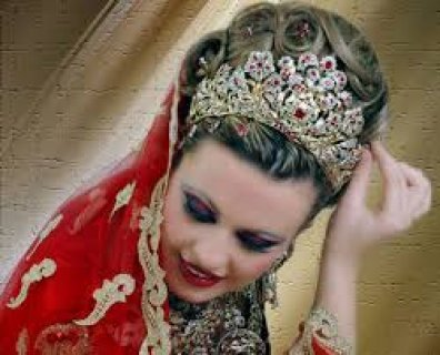 فتاة ليبية تبحث عن زواج عادى