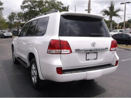 صور $TOYOTA LAND CRUISER, 2011 MODEL. 3