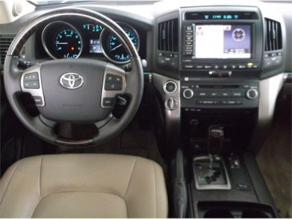 صور TOYOTA LAND CRUISER 2011 V8 SALE 2