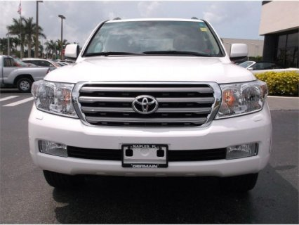 TOYOTA LAND CRUISER MODEL 2011