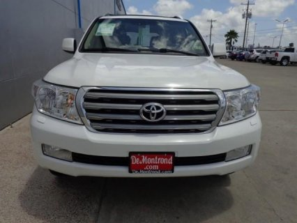 URGENT SELLING 2011 TOYOTA LAND CRUISER
