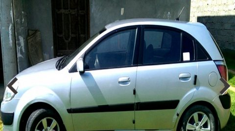 سيارة كيا ريو 2008 للبيع