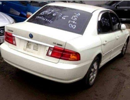 سيارة كيا اوبتيما موديل 2005