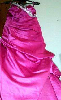 فستان سهرة ماركة Pronovias