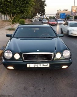 سيارة مرسيدس موديل 98 للبيع