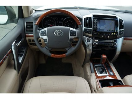 صور TOYOTA LAND CRUISER 2013 - EXPAT DRIVEN 2