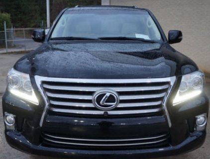 2013 لكزس LX 570 - اللون الأسود سيارات الدفع الرباعي