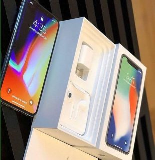 Offer in BrandNew iPhoneX iPhone8Plus Samsung S9Plus Original