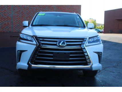 Clean Title Used 2017 Lexus LX 570 GCC SPEC / WhatsApp +393512348567